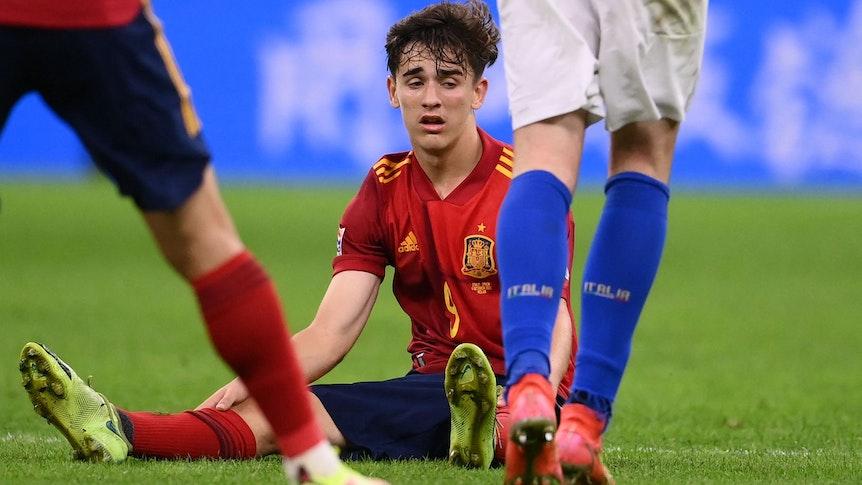 Nella partita internazionale tra Italia e Spagna si è seduto al posto della banda dello zafferano.