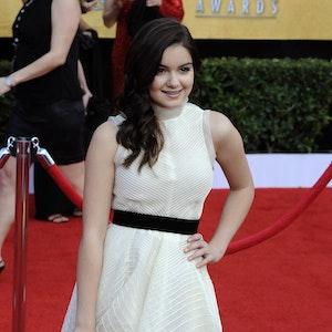 Ariel Winter lächelt bei ihrer Ankunft bei den 17. Screen Actors Guild Awards am 30. Januar 2011 in Los Angeles.