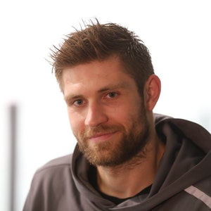 Leon Draisaitl (Edmonton Oilers) beim Training der Kölner Haie im Oktober 2020.