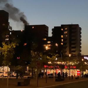 Brand in einem Hochhaus in Köln-Chorweiler.