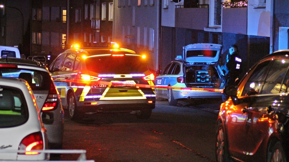 Die Polizei Wuppertal (hier ein Archivfoto von einem anderen Einsatz) konnte inzwischen einen Verdächtigen festnehmen.