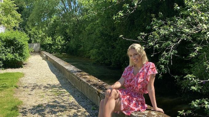 Sängerin Paulina Wagner im Juni 2021 im Garten von Schloss Zweibrüggen. Das Foto wurde EXPRESS.de von Paulina Wagner zur Berichterstattung honorarfrei zur Verfügung gestellt.