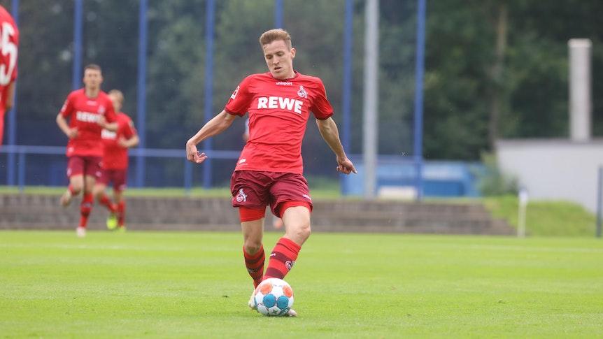 Niklas Hauptmann spielt für den 1. FC Köln gegen den MSV Duisburg.