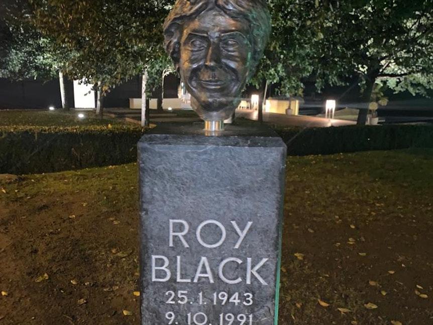 Denkmal von Roy Black in Velden am Wörthersee (9.10.2021)