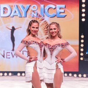 """Valentina und Cheyenne Pahde bei der Pressekonferenz zur Eis-Show """"Holiday on Ice""""."""