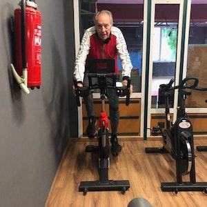 Triathlet Alfred König im World Gym am Bonner Wall in Köln (14.10.2021)