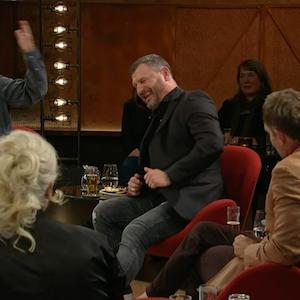 Steffen Baumgart und Marteria sitzen in der Talk-Sendung Kölner Treff.
