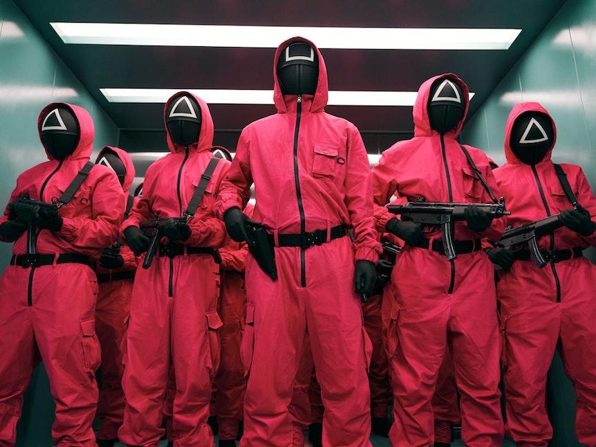 """Im Netflix Original """"Squid Game"""" können die Teilnehmer bei einem tödlichen Überlebensspiel 38 Millionen Dollar gewinnen."""