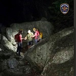 Die Feuerwehr auf Mallorca hat am Montag (18. Oktober 2021) vier deutsche Wanderer aus einer Schlucht gerettet.