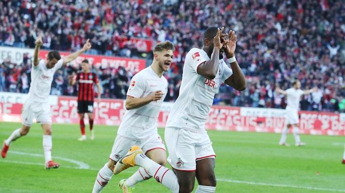 Anthony Modeste jubelte nach seinem Treffer zum 2:2 für den 1. FC Köln gegen Bayer Leverkusen.