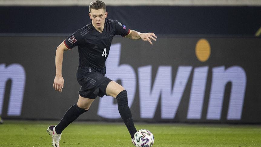 Gladbachs Matthias Ginter im Länderspiel des DFB gegen Island am 25. März 2021 in Duisburg.