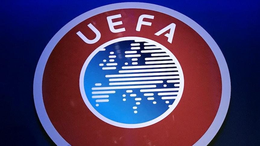 Ein Logo der UEFA, das Foto wurde am 3. März 2020 aufgenommen.