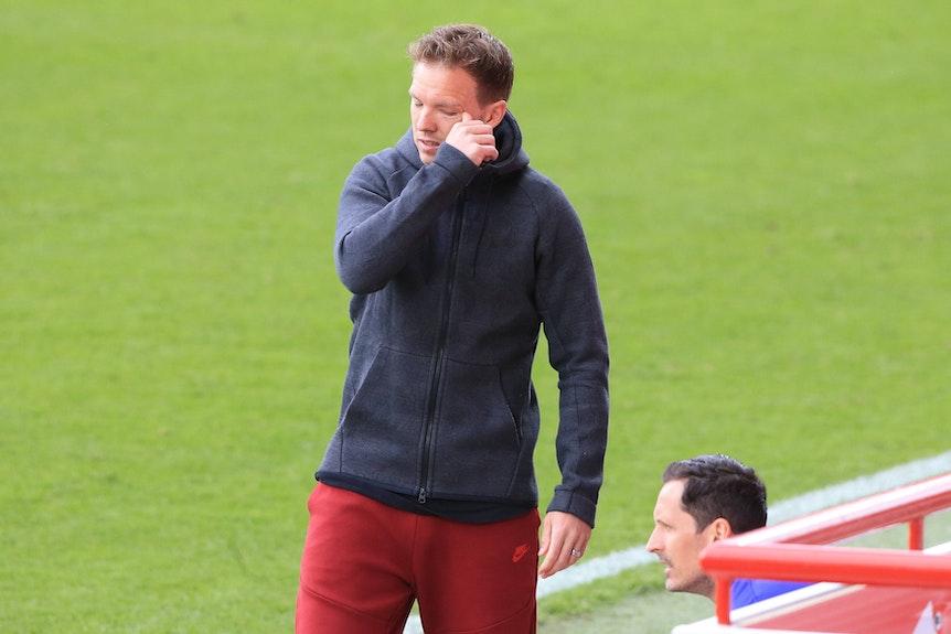 Träne im Knopfloch oder hatte er nur was im Auge? Julian Nagelsmanns letztes Spiel mit RB Leipzig.