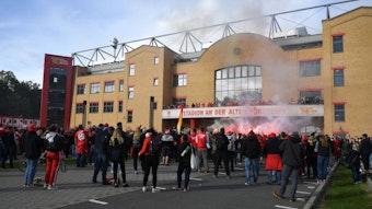 Union Berlin feierte mit 2.000 Fans nach dem Spiel gegen RB Leipzig.