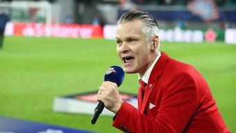 Stimme von RB Leipzig im Stadion und nun auch Buchautor: Tim Thoelke.