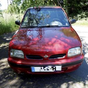 Roter Nissan Micra fuhr im Bröltal (NRW) zu schnell