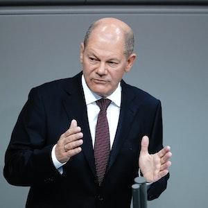 Olaf Scholz von der SPD bei einer Rede im deutschen Bundestag.