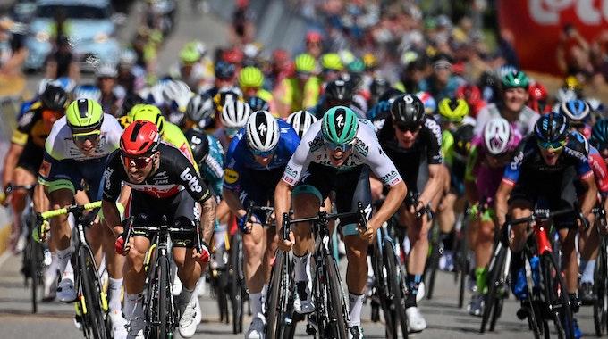 Der deutsche Rad-Profi Pascal Ackermann im Sprint-Finale bei der Belgien-Rundfahrt.