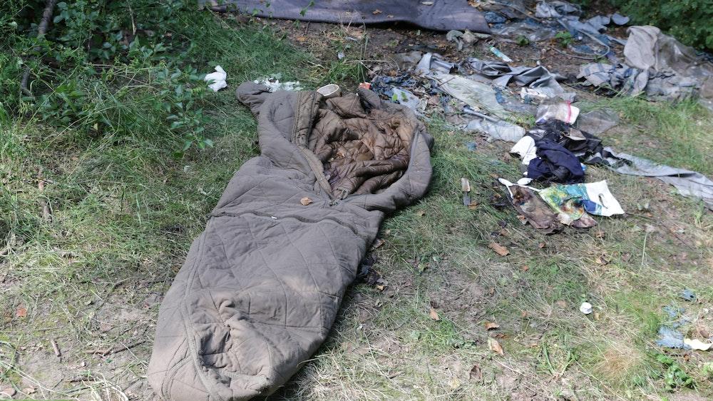 In Düsseldorf-Stockum wurde am Freiligrathplatz die Leiche eines unbekannten Mannes gefunden.