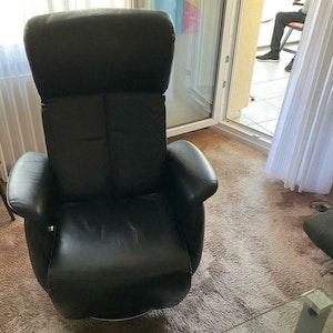 Der TV-Sessel von Fred Fussbroich ist bei Ebay unter dem Hammer. Er ist der Papa von Kölns kultiger Familienserie.