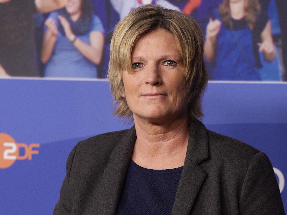 Die ZDF-Sportreporterin Claudia Neumann bei einer Pressekonferenz im April 2016.