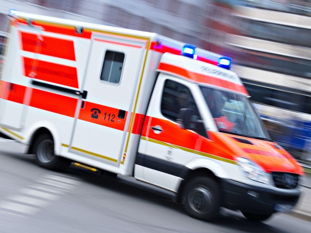 Ein Rettungswagen im Einsatz.
