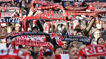 Treu trotz Corona: Fans von RB Leipzig.