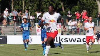 Ibrahima Konaté in Markranstädt bei einem Testspiel gegen Stade Rennes.