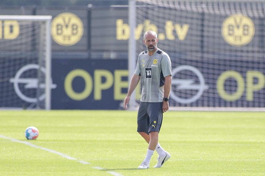 Marco Rose auf dem Trainingsplatz des BVB