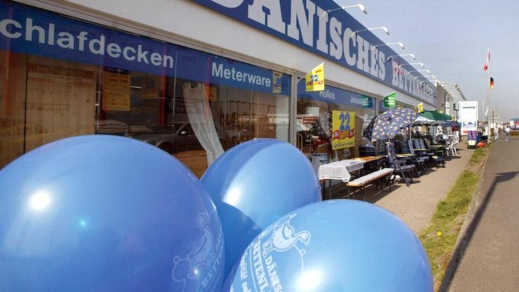 Das Dänische Bettenlager wird in Deutschland umbenannt. Ab Herbst 2021 heißt es dann JYSK.
