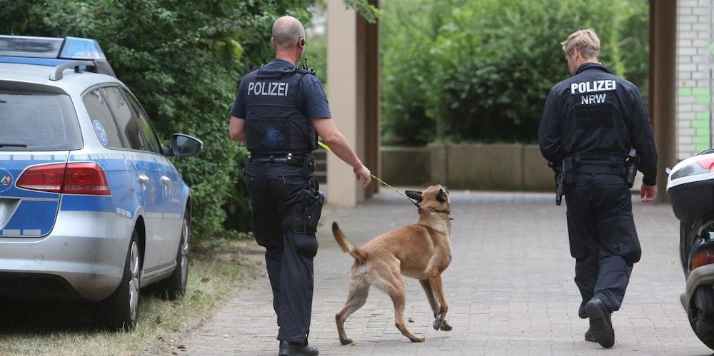 Razzia Polizei Tannenbusch 6 rkl