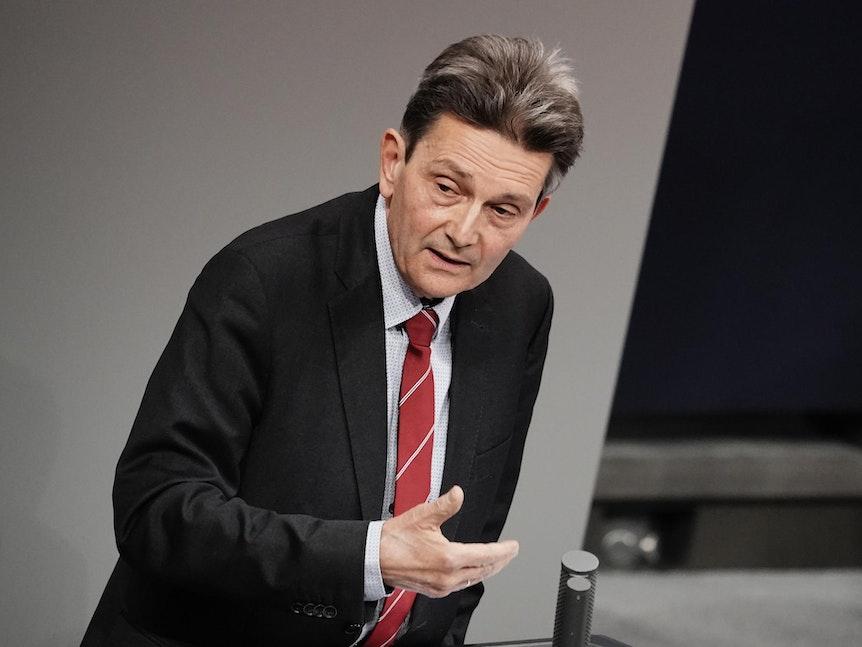Rolf Mützenich am 26.11.2020 in Berlin im Bundestag bei Debatte zu Corona-Strategie