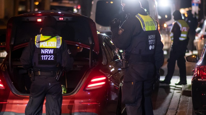 polizei kontrolle auto