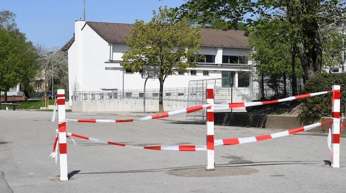 Schulhof_Symbol