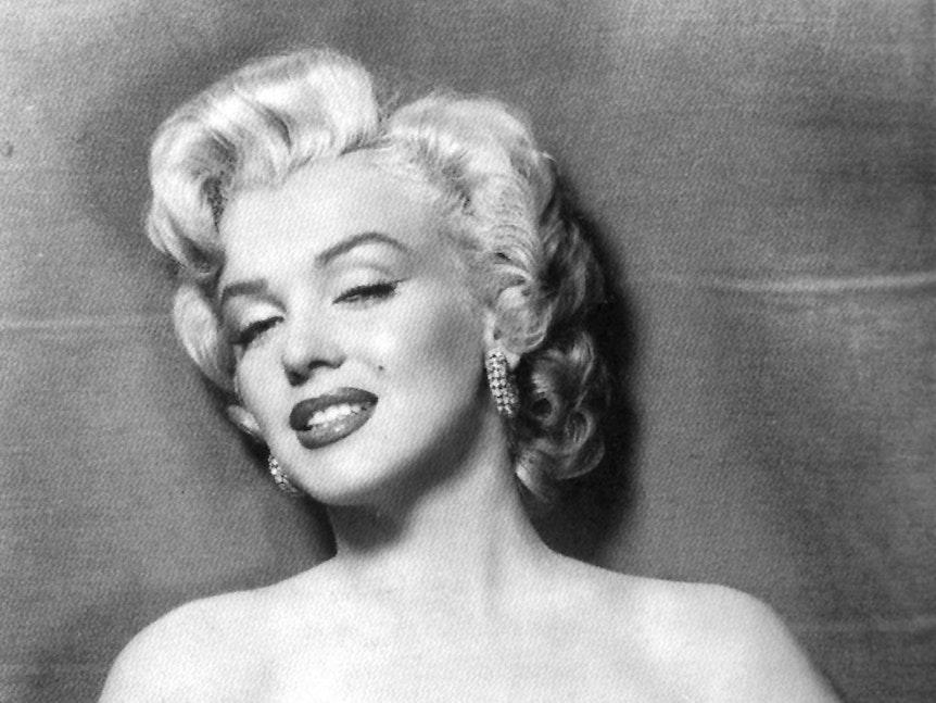 Marilyn Monroe auf einer schwarz-weiß-Aufnahme.