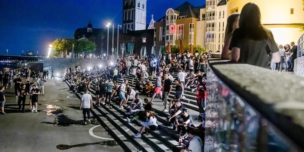 Düsseldorf Altstadt: OB Thomas Geisel droht mit Aus für