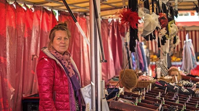"""""""Es geht nicht immer nur darum zu verkaufen, sondern um ein gutes Miteinander"""", findet Markthändlerin Tybislawski-Schnitzler."""