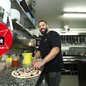 Daniel Ligas in der Küche des Santa Maria in Köln.