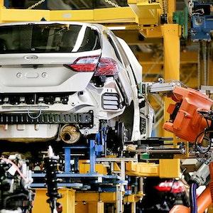 Ein Ford Fiesta wird in den Ford-Werken in Köln gebaut.