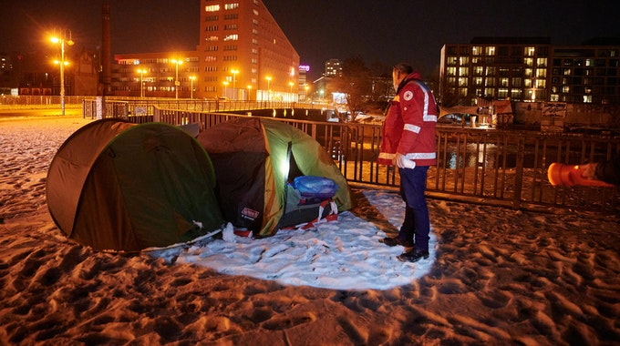 Obdachlose_Zelt_Angriff