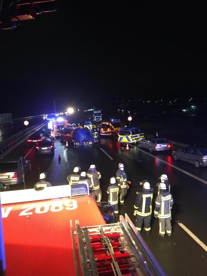 Unfall_Wuppertal_A1
