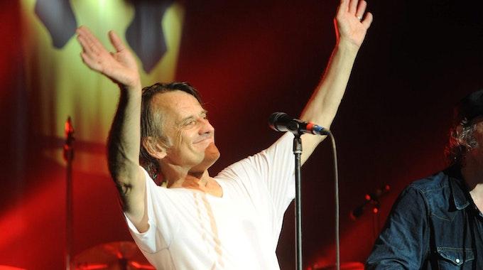 Sagt zum Abschied leise Tschö! Jürgen Zöller legt die Schlagzeugstöcke bei BAP nach 27 Jahren zur Seite.