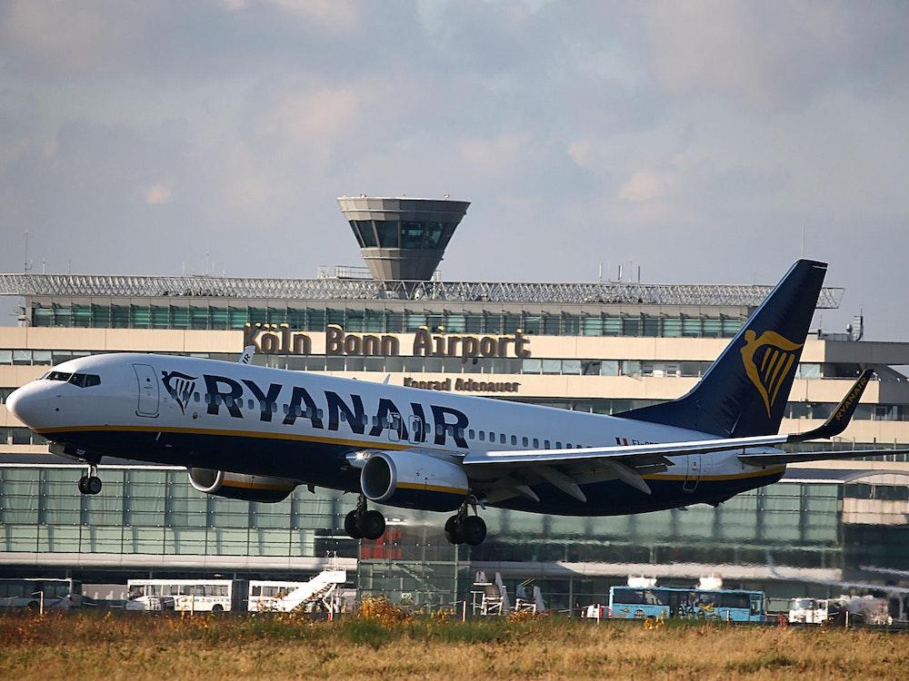 Ryanair-Maschine startet in Köln