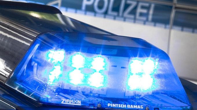 Polizei_Blaulicht_Symbolfoto