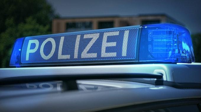 Die Polizei konnte auf Frechener Rastplätzen insgesamt drei gestohlene Autos sicherstellen. Unser Symbolfoto wurde 2013 in Köln aufgenommen.