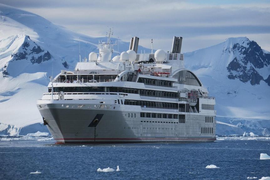 Schiff_Antarktis