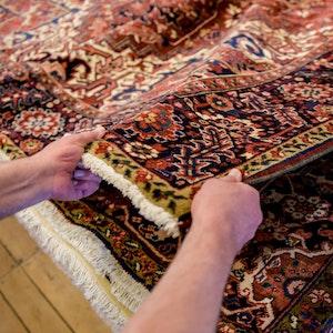 Die Polizei hat betrügerische Teppichhändler geschnappt.