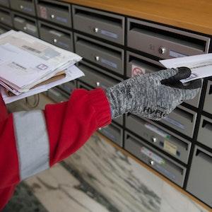 Briefträger Post Brief