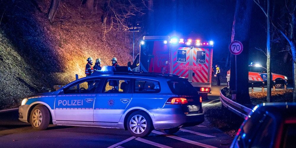 unfall nacht polizei rettung