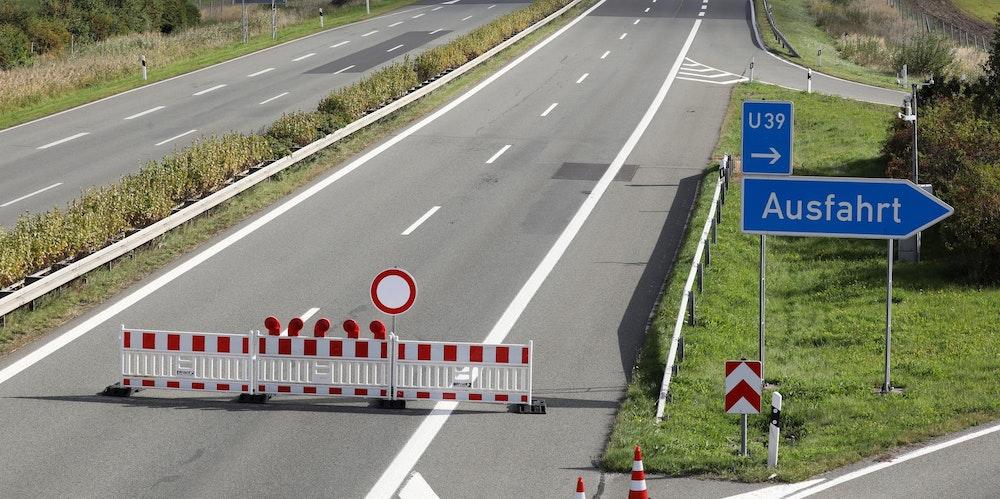 Autobahn_Sperrung_Symbol
